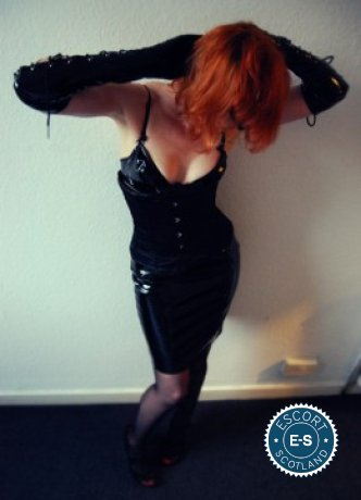 Lilly Librarian is a sexy American Escort in Edinburgh